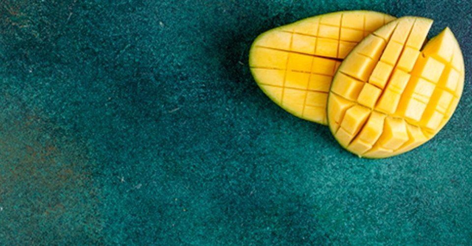 Can Cats Eat Mango